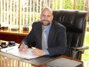 Dr. Víctor Puente-Arnao Tiravanti, Director de la Asociación de Clínicas Particulares (ACP)