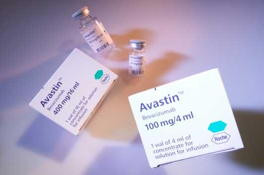 Bevacizumab es la primera medicina biológica aprobada en combinación con quimioterapia